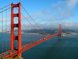 image of golden gate bridge  - the golden gate bridge in san francisco as the evening fog begins to roll in - JPG