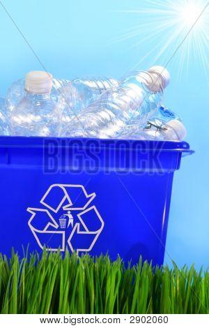 Botellas en contenedor contenedor