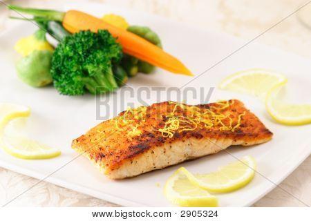 Wild Caught Salmon Gourmet Plate