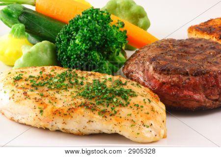 Placa de carne y pollo