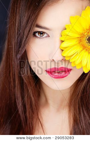 Daisy Over Pretty Woman's Eye