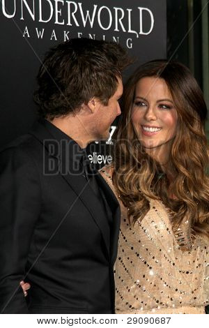 "LOS ANGELES - JAN 19:  Len Wiseman, Kate Beckinsale. arrives at  the ""Underworld Awakening"" Los Angeles Premiere at Graumans Chinese Theater on January 19, 2012 in Los Angeles, CA"