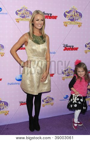 BURBANK - NOV 10: Brooke Anderson, her daughter at the premiere of Disney Channels' 'Sofia The First: Once Upon a Princess' at Walt Disney Studios on November 10, 2012 in Burbank, California