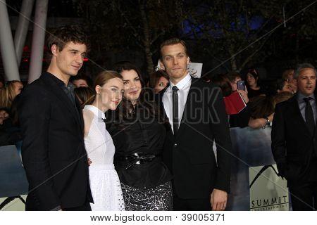 LOS ANGELES - NOV 12:  Max Irons, Stephenie Meyer, Saoirse Ronan, Jake Abel arrive to the 'The Twilight Saga: Breaking Dawn - Part 2