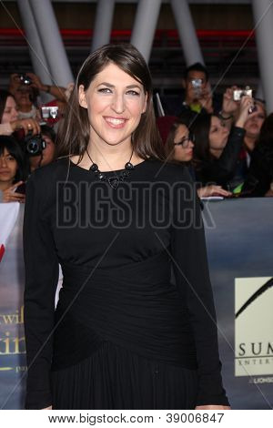 "LOS ANGELES - NOV 12:  Mayim Bialik arrive to the 'The Twilight Saga: Breaking Dawn - Part 2"" Premiere at Nokia Theater on November 12, 2012 in Los Angeles, CA"