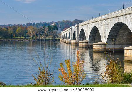 Washington D.C., Arlington Memorial Bridge with reflection on Potomac River - United States of America