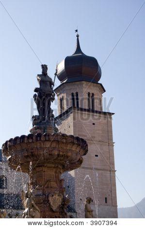 Trento Nettuno\'S Fountain And Duomo