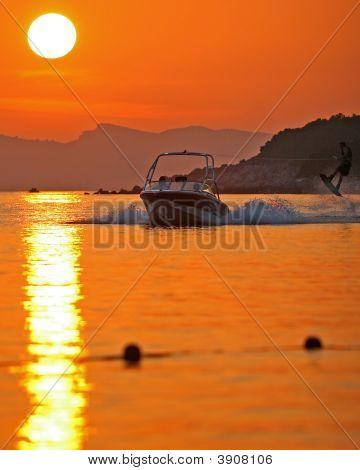 Grabbingair_Sunset
