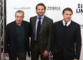 NEW YORK-NOV 12: Robert DeNiro (L), Bradley Cooper and David O. Russell attend the premiere of