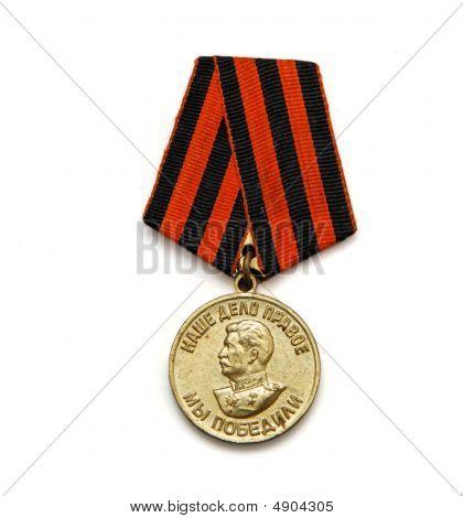 Antiga medalha Soviética para a vitória sobre a Alemanha isolada