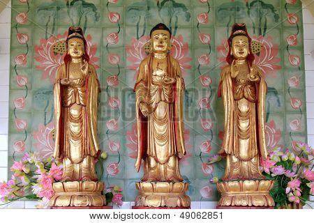 Avalokiteswara - Kuan Yin Statues, at the Buddhist Temple of Supreme Bliss : Kek Lok Si, Penang, Malaysia