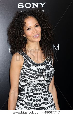 LOS ANGELES - AUG 7:  Sherri Saum arrives at the