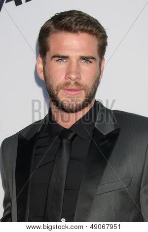 LOS ANGELES - AUG 8:  Liam Hemsworth arrives at the