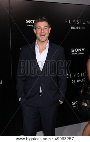 LOS ANGELES - AUG 7:  Jeff Schroeder arrives at the