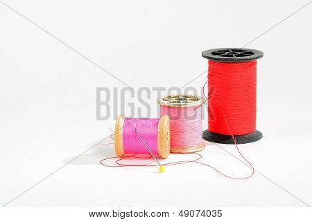 Needes And Thread