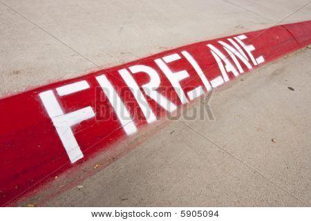 Firelane Warning On Street Curb