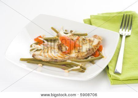 gegrillte Filets Fisch und Soja Bohnen