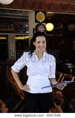 Feliz propietario de un restaurante