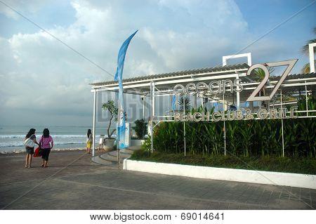 Oceans 27 beach club & grill