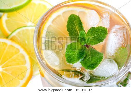 Tea With Ice And Mint