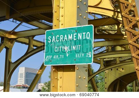 Sacramento City Limit Sign