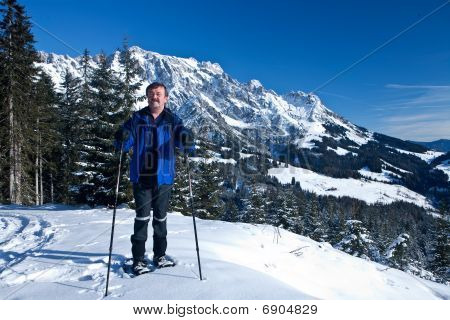 Skiing Senior