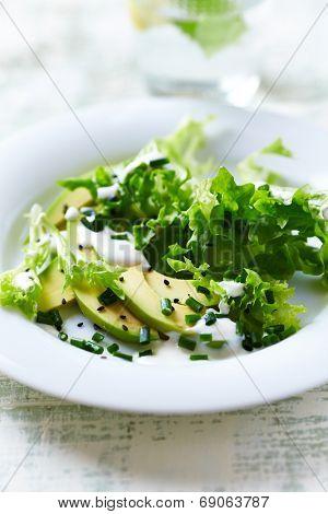 Avocado and Endive Salad with Yogurt Dressing