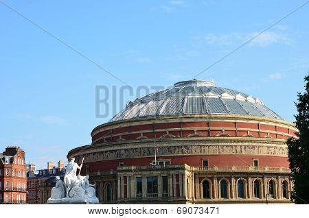 Albert hall viewed from memorial
