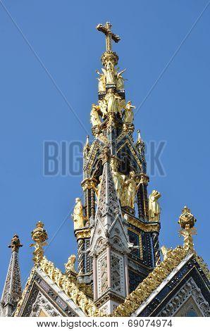 Top of albert memorial