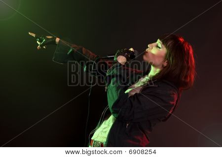 Woman Sing A Song