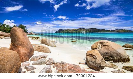 beautiful panoramic veiw of the beach with yacht, Seychelles