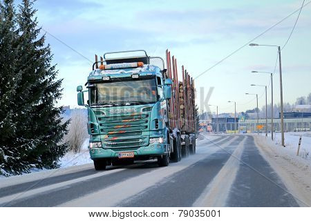 Scania R500 Logging Truck On The Road With Full Log Load
