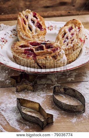 Puff Pastry With Cranberry Jam
