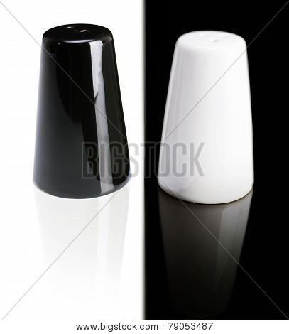 Black Pepper Shaker And Saltcellar White