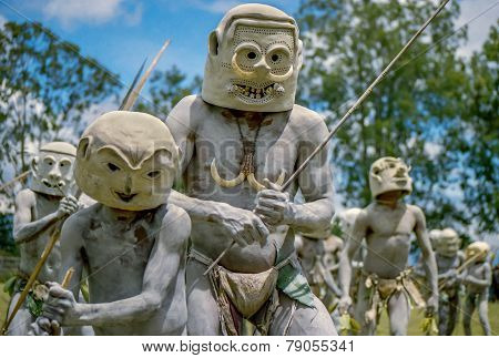 Mud men of Papua New Guinea