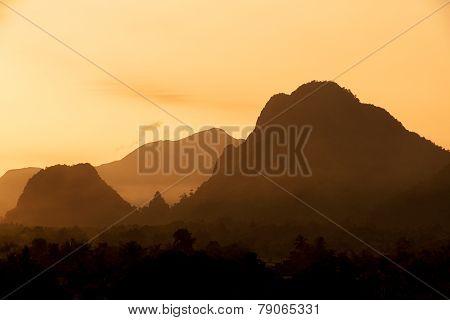 Silhouettes mountain