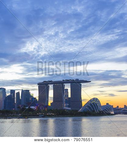 Landmark Of Singapore Cloudy In Sunset