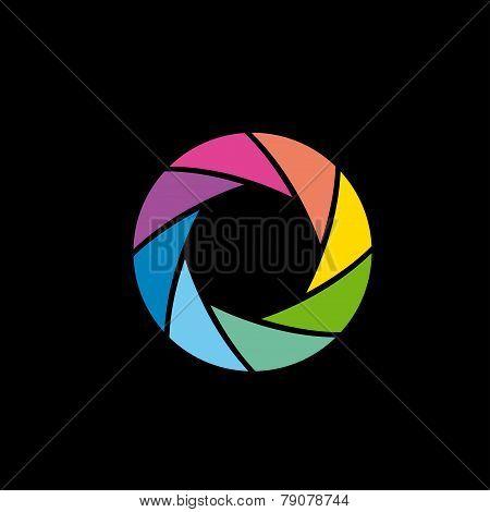 Color lens aperture