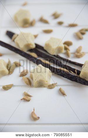 white chocolate pralines with vanilla
