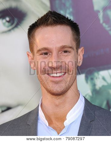 LOS ANGELES - MAR 12:  Jason Dohring arrives to the