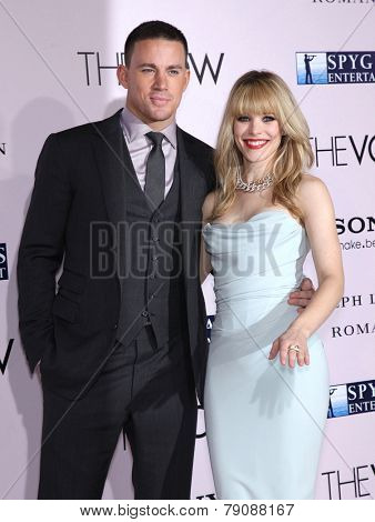 LOS ANGELES - FEB 06:  CHANNING TATUM & RACHEL McADAMS arrives to the 'The Vow' World Premiere  on February 06, 2012 in Hollywood, CA