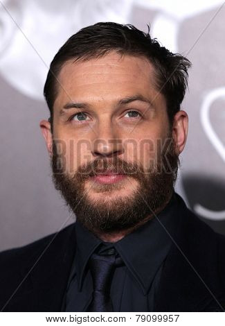 LOS ANGELES - FEB 08:  TOM HARDY arrives to the