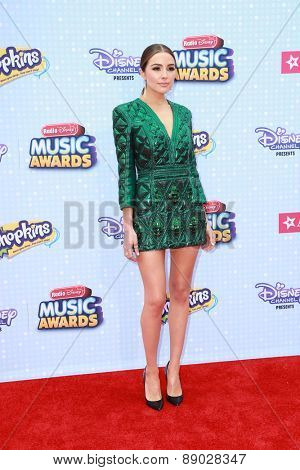 LOS ANGELES - APR 25:  Olivia Culpo at the Radio DIsney Music Awards 2015 at the Nokia Theater on April 25, 2015 in Los Angeles, CA