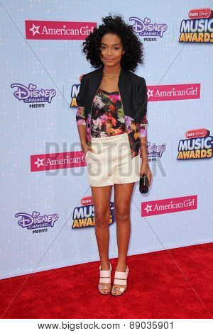 LOS ANGELES - APR 25:  Yara Shahidi at the Radio DIsney Music Awards 2015 at the Nokia Theater on April 25, 2015 in Los Angeles, CA