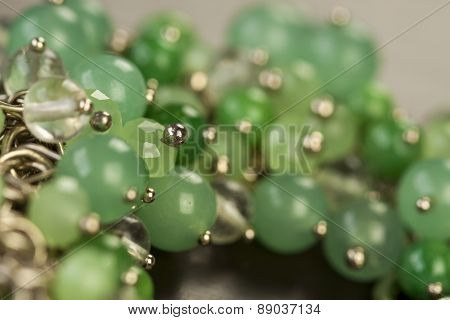 closeup shiny glamour jewellry pearls