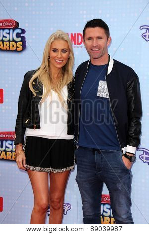 LOS ANGELES - APR 25:  Claudine Palmer, Robbie Keane at the Radio DIsney Music Awards 2015 at the Nokia Theater on April 25, 2015 in Los Angeles, CA