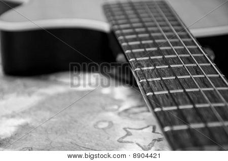 B&W acoustic classic guitar