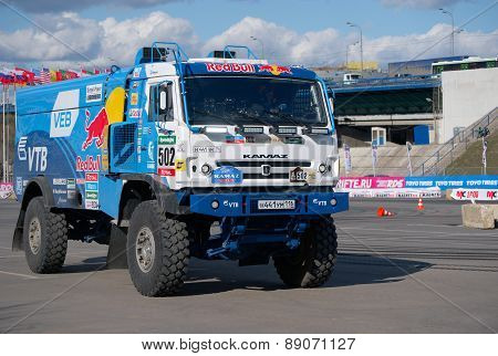 Russian truck rally Kamaz rides team