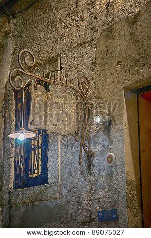 Italian Sign Tavern