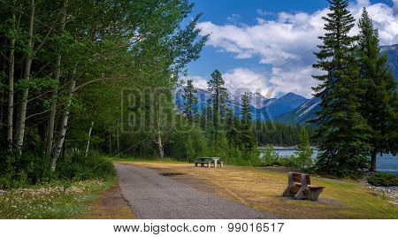 Picnic Area, Lake Minnewanka